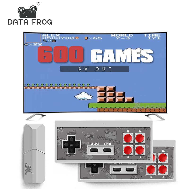 Sapo Novo Console de Videogame TV 8 Bit de dados Real Embutido 600 Clássico Retro Jogos Potável Mini Controlador Sem Fio AV saída