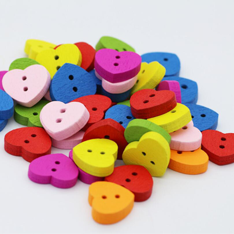 100 Pcs/Set Wooden Buttons Natural Color Heart-shape 2-Holes Sewing Scrapbooking DIY Buttons Sewing Accessories