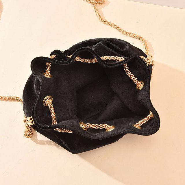 Luxury Velvet Large Capacity Bucket Bag 5