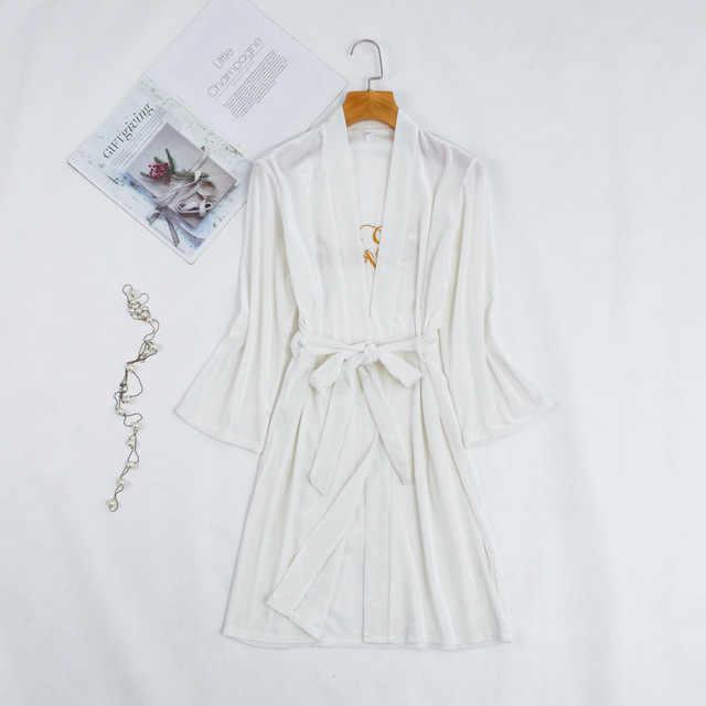 Bianco Velluto Damigella D'onore Della Sposa Abito Sexy Delle Donne Del Ricamo Da Sposa Kimono Vestaglie Degli Indumenti Da Notte Camicia Da Notte del Vestito della Donna Accappatoio Pigiama