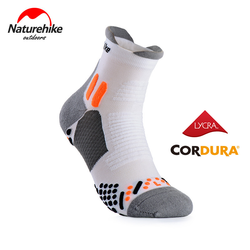 Naturehike 1 Pair Unisex Outdoor Profession Sports Socks Quick-drying Running Socks Medium Stockings Wear-resistant Breathable