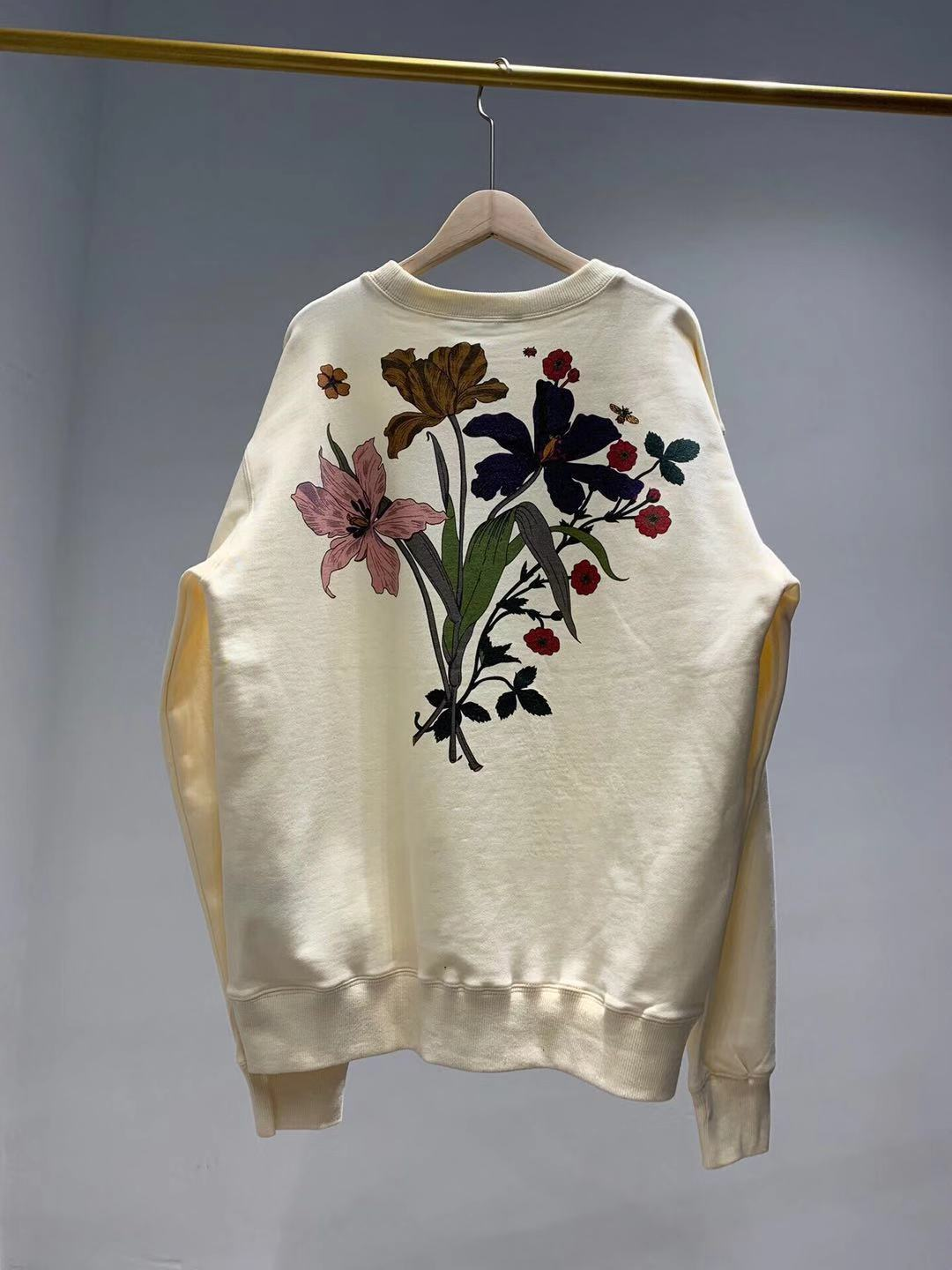 2019 Women's Floral Letter Print Casual Sweatshirt Long-sleeved Sweatshirt Casual Fashion Chateau Marmont Hollywood G1