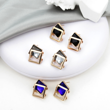 2019 New Fashion Crystal Earrings Women's Wedding Jewelry Resin Sweet Metal Leaf Earrings Women's Korean Version Of The Earrings rhinestoned leaf wedding jewelry earrings