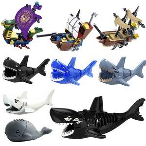 Собрать игрушечный пиратский корабль акулы Синий Белый Черный Серый Кит MOC DIY строительные блоки игрушки для детей набор фигурки животных з...