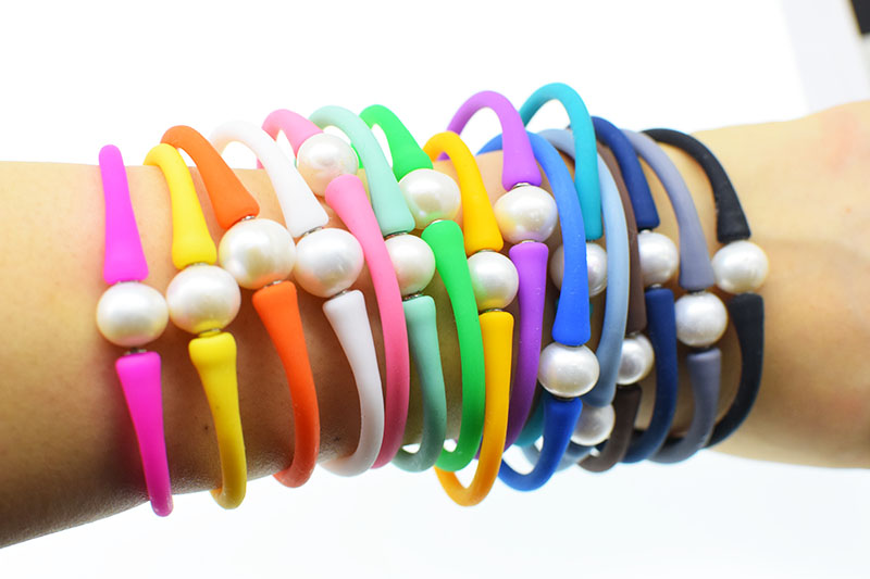 freshwater pearl silicone bracelet white near round 10-11mm and blue/brown/pink/red/purple FPPj wholesale beads