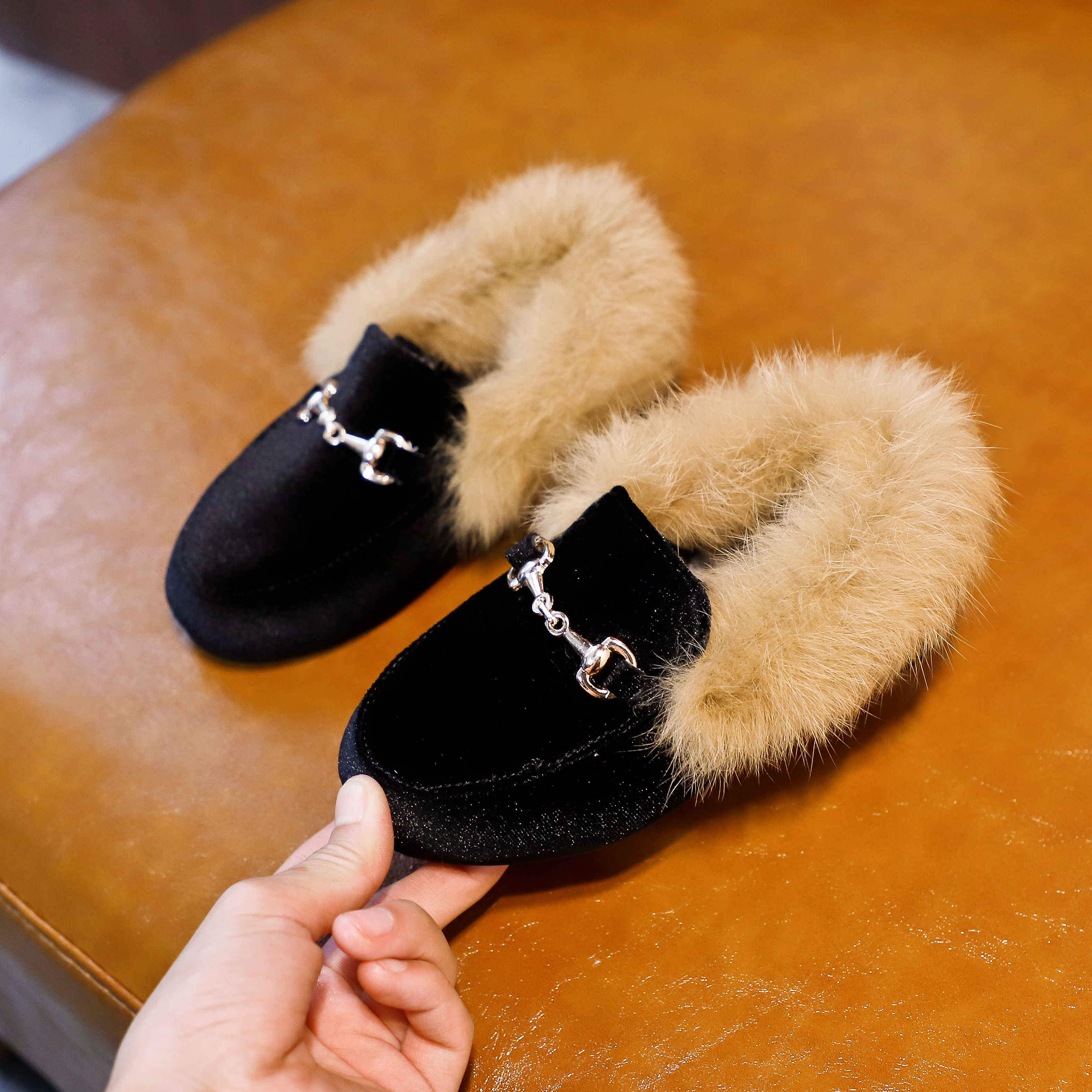 Hot Sale Boys Girls Velvet Loafer New Winter Warm Kids Fur Shoes Size 21-35 Flat Princess Girls Shoes Children Christmas Gift