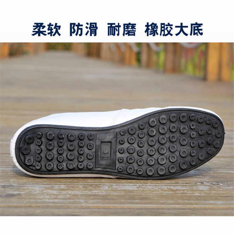2020 ファッションメンズ靴本革カジュアル快適なローファー男性モカシン通気性防水ドライビン靴