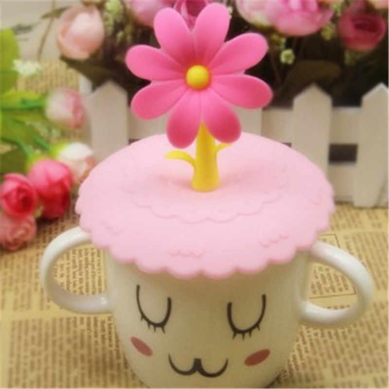 1 Pcs Leuke Anti-stof Siliconen Cup Cover Koffie Zuig Seal Deksel Cap Silicone Luchtdicht Liefde Lepel Nieuwigheid Creatieve kind Cup Hoed