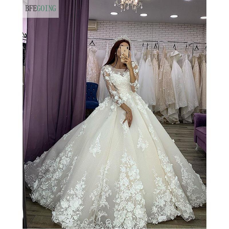 Luxurious Ivory Lace Appliques  Tulle Organza  3/4 Sleeves Floor-length Ball Gown Wedding Dress Chapel Train Custom Made