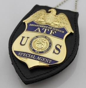 Image 4 - クラシック Atf 司法省特別捜査局のアルコールタバコ銃器や爆発、レプリカムービープロップピンバッジ