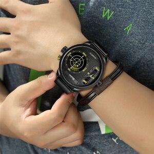 Image 2 - Oulm Модные Стильные мужские часы большого размера со светодиодом, роскошные Брендовые мужские кварцевые часы с двумя часовыми поясами, мужские кожаные Наручные часы