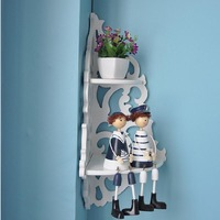 Free perforated wall shelf wall wall hanging simple partition European bedroom living room wall wall hanging wall flower stand