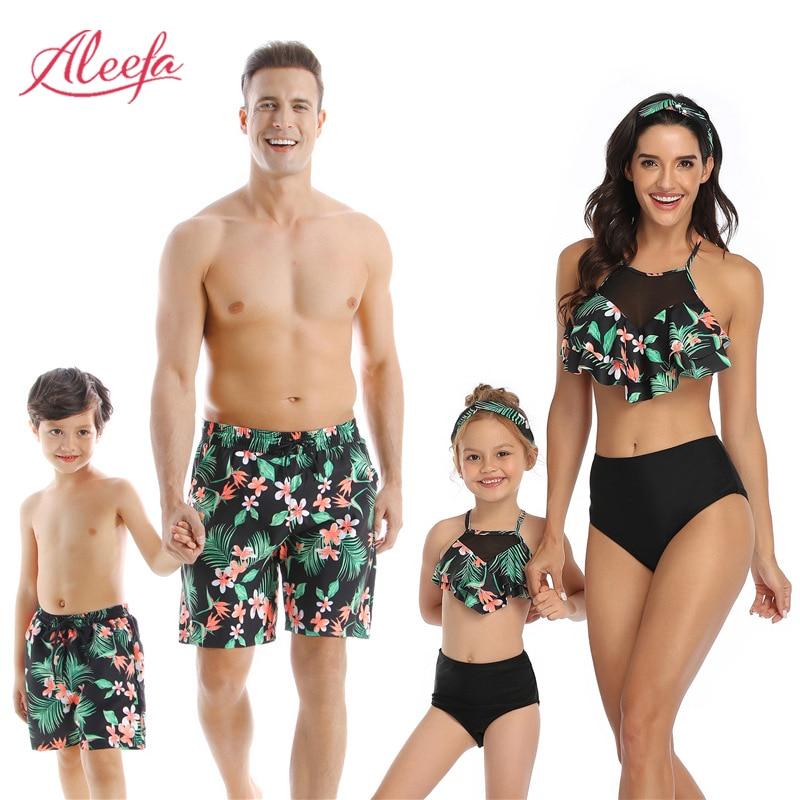 Family Matching Swimsuits Beachwear Mother Daughter Swimwear Dad Son Beach Shorts Couples Beach Outfits Swimwear Women