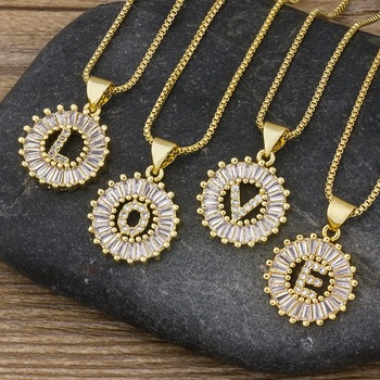 Gran oferta, collar con letra inicial para mujeres y niñas, 26 letras de abalorio dorado, collar con nombre, colgante de gran calidad, regalo de joyería de circón de cobre