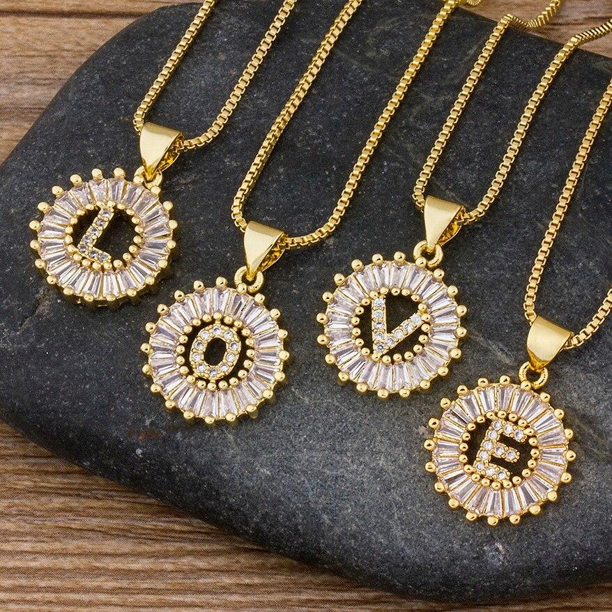 Gran oferta, collar con letra inicial para mujeres y niñas, 26 letras, colgante con nombre dorado, colgante de calidad superior, regalo de joyería de circonita de cobre