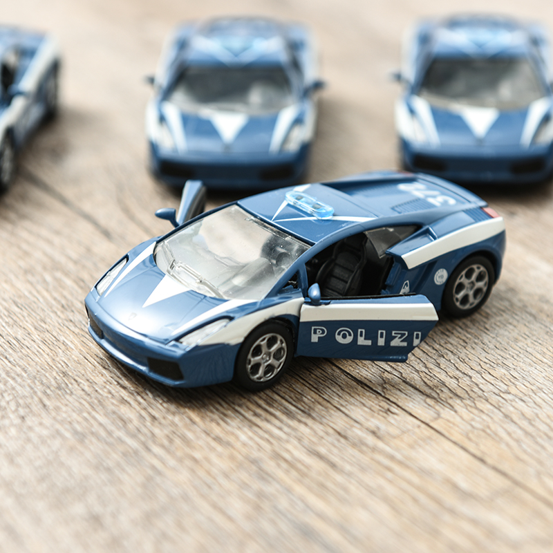 Mini Diecast Metal Car Models Vehicles Children Pocket Toys Model Nursery Gift Italian Police Car POLIZIA Car Model Ornaments
