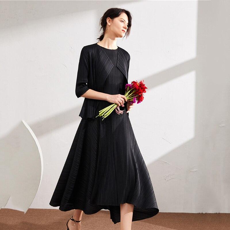LANMREM 2020 summer new sleeveless pleated dresses famale high waist round neck slim elegant A-line dress for women YJ316
