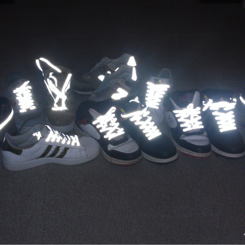 Hot DIY 1pair Flat Reflective Runner Shoe Laces New Safety Luminous Glowing Shoelaces Women Men Sport Canvas Shoelaces
