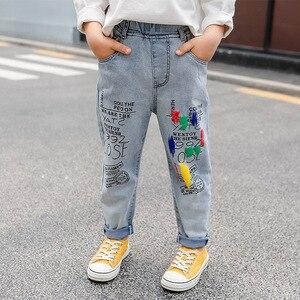 Image 3 - 高品質のカラーペイント子供ジーンズガールズボーイズ手紙ジーンズ少年少女のための秋の子供服、子供のジーンズ 3 13 年齢