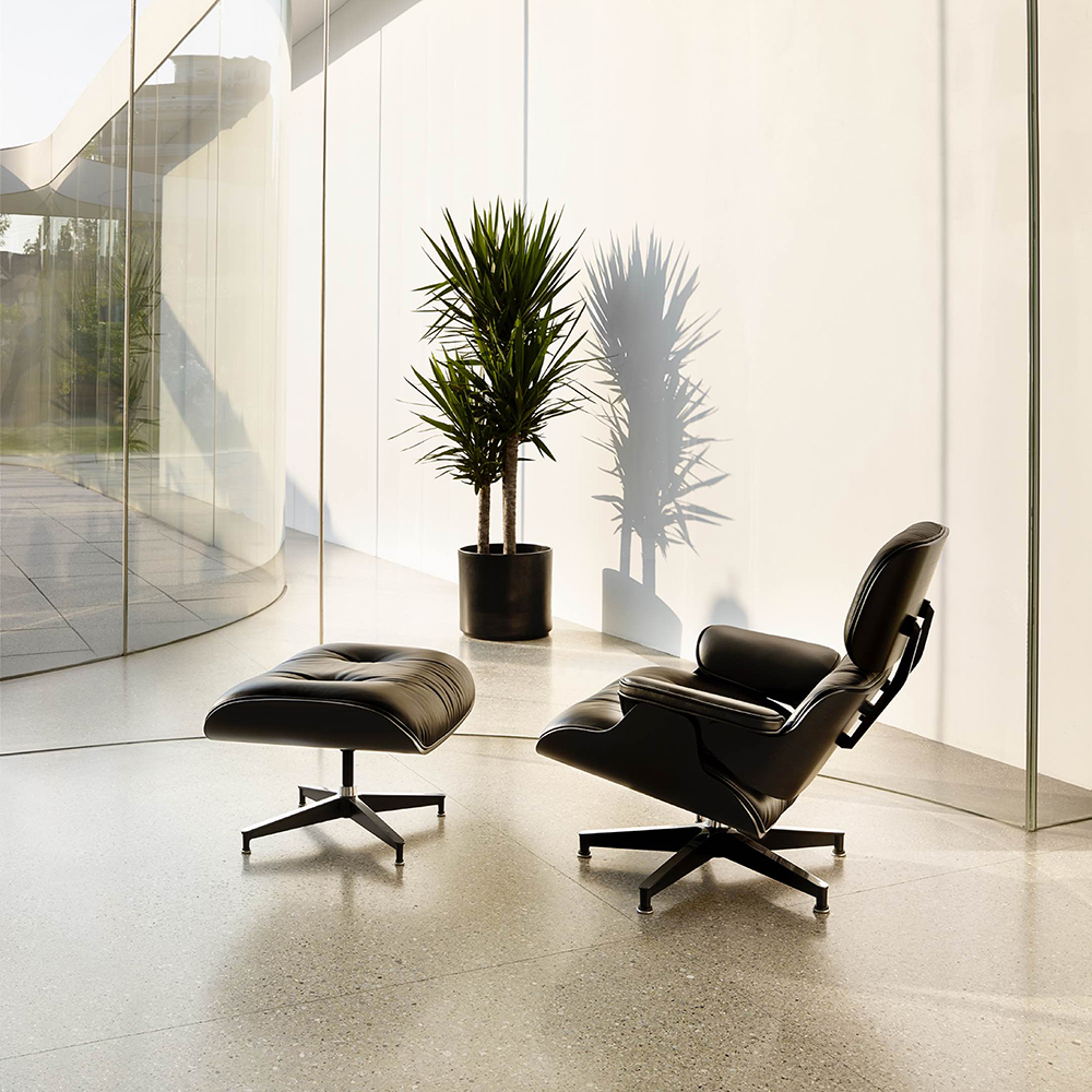 ig_prd_ovw_eames_lounge_chair_and_ottoman_02
