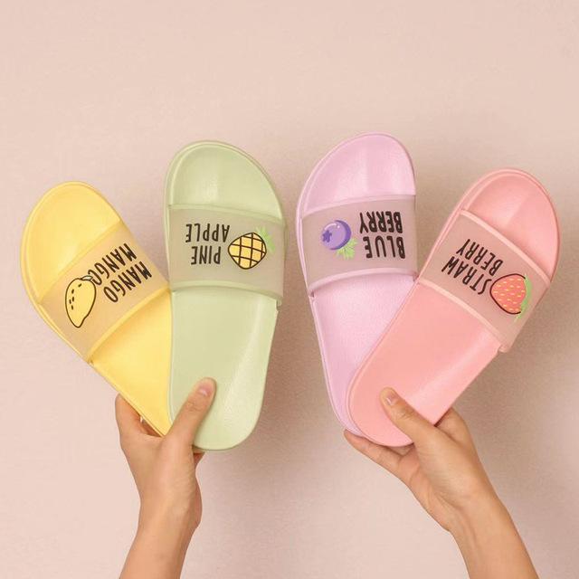 2020 Summer Slippers Shoes Women cute Fruit Jelly Color Transparent open Toe Flip Flops Clear Outdoor Beach Slides Sandals