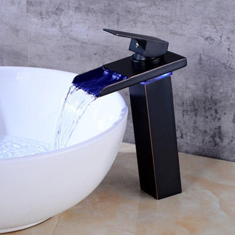 Robinet de lavabo en laiton avec cascade en verre doré robinet à LED. Mitigeur de salle de bain mitigeur lavabo monté sur le pont - 4