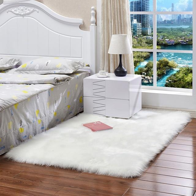 לבן פרוותי שטיח לחדר שינה ילדים ארוך פלאפי שטיחים נגד החלקה שאגי אזור שטיח אוכל חדר שטיח סלון דקו מלאכותי צמר