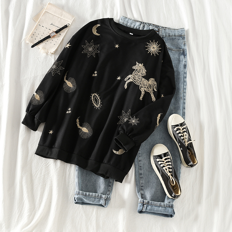 Mooirue 2019 Autumn Animal Embroidery Sweatshirt Loose Harajuku Streetwear Casual Long Sleeve O Neck Pullovers Korean Tops