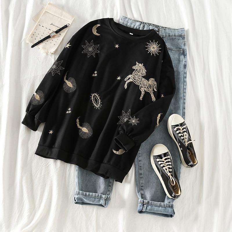 Mooirue 2019 Autumn Animal Embroidery Sweatshirt Loose Harajuku Streetwear Casual Long Sleeve O Neck Pullovers Korean Tops