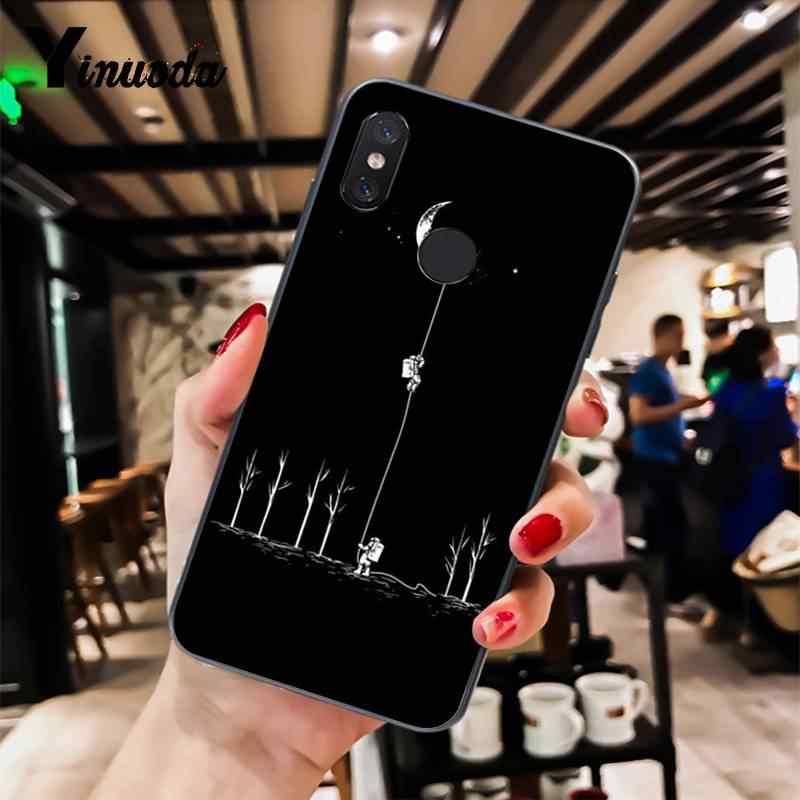Yinuoda preto com branco da lua estrelas espaço astronauta Colorido Bonito Caixa Do Telefone Para XiaoMi 6 MIX2 8SE K20 REDMI 5A 7 NOTE4X 6A