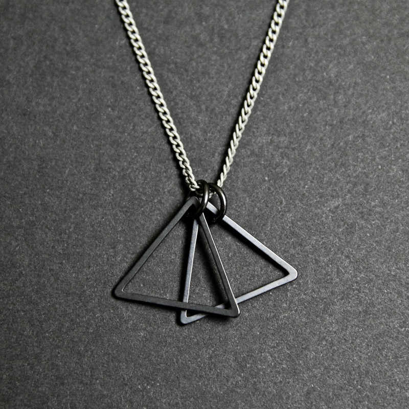 موضة جديدة بسيطة مزدوجة مثلث قلادة قلادة الرجال النساء الفضة اللون الأسود سلسلة بدلاية قلادة للرجال النساء مجوهرات