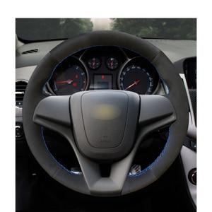 Image 2 - มือเย็บหนังนิ่มสีดำพวงมาลัยรถครอบคลุมสำหรับChevrolet Cruze 2009 2014 Aveoออร์แลนโดHolden Cruze ravon R4