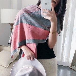 Image 4 - 2020 luxe femmes hiver écharpe Tartan motif soie sentiment Modal cachemire châle Femme tricot laine couverture Pashmina dames Echarpe