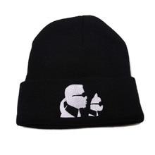 Осенние зимние шапки для мужчин трикотажные шапочки Hat вышитые хип-хоп сплошной черный капот хеджирования крышка женщин теплые свободного покроя Cap