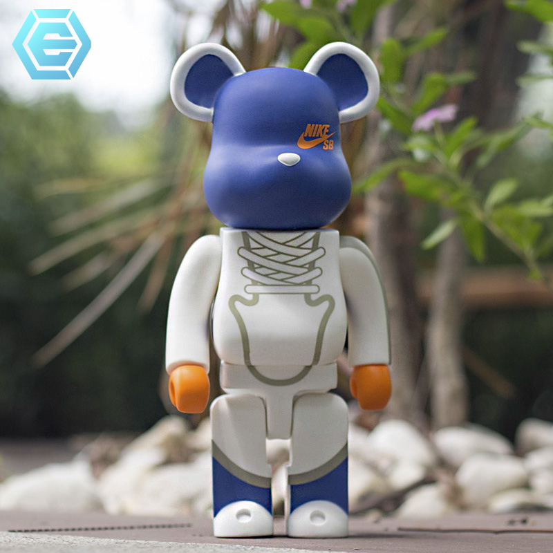 Good Quality Hot Sale 27 Inch Bearbrickly 1000% 70cm Solid Color Peko Mouse Cat Vampire PVC Model DIY Paint Dolls Statue
