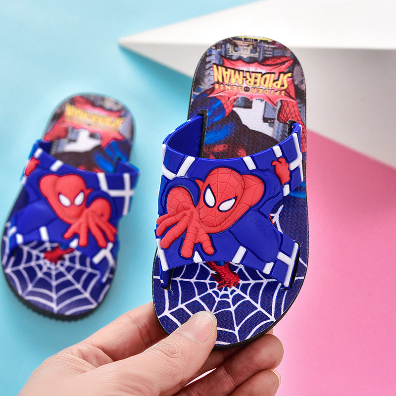 Boys Spider Man Slippers Summer Bathroom Shoes For Kids Beach Shoes Cartoon Light Anti-slip Home Shoes Kids Soft Sole Slippers