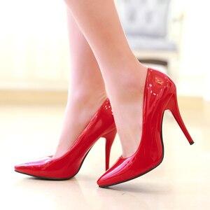 Image 1 - ربيع الخريف كعوب عالية على الموضة أحذية امرأة الكلاسيكية مضخات الوردي الأحمر الأزرق عارية الأخضر الكعوب أشار تو مكتب حفل زفاف حذاء