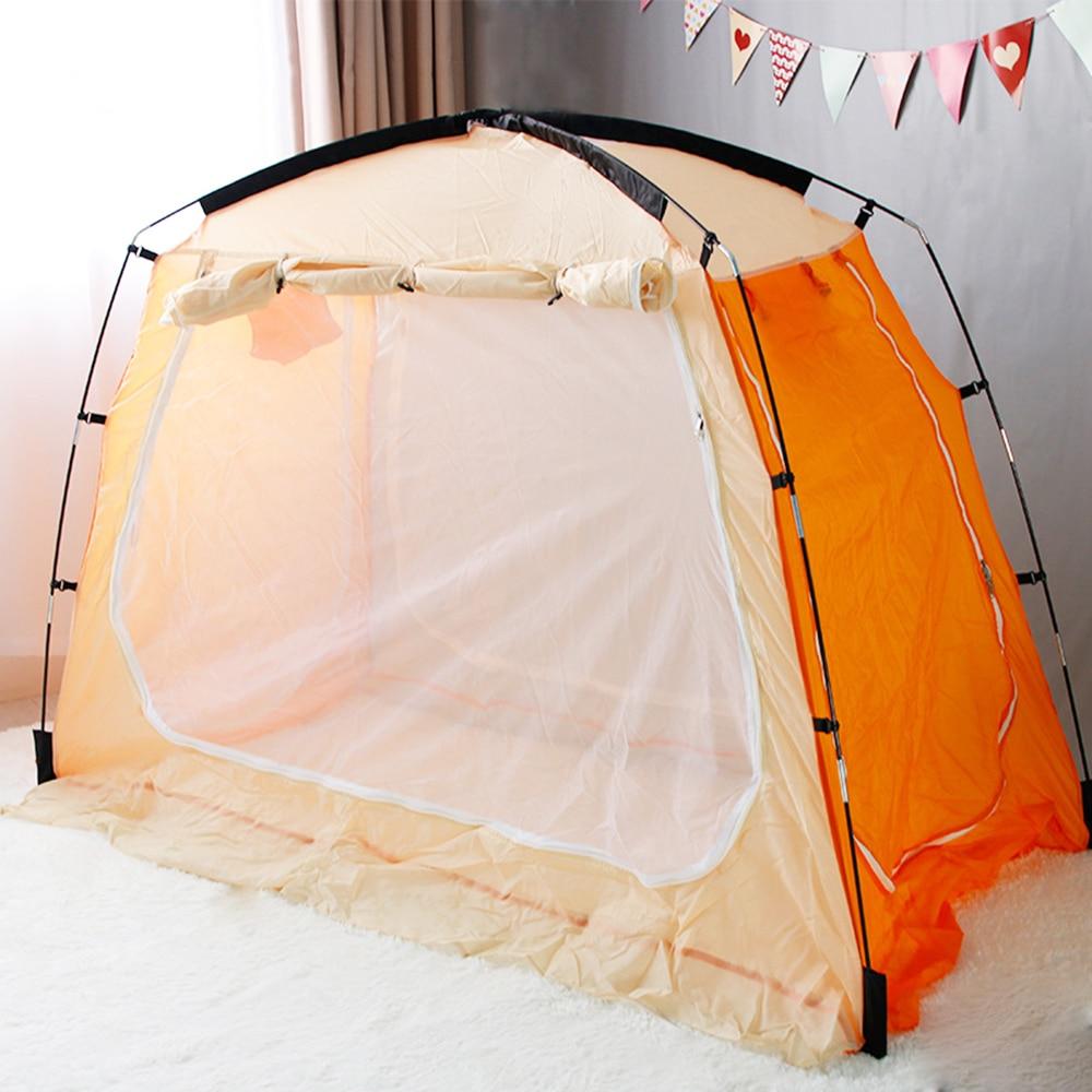 Tente d'intérieur de tente d'intimité de tentes de lit à baldaquin gardent l'insecte loin tente de sac à dos sur le lit pour le sommeil confortable