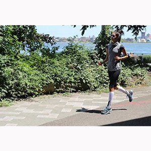 Image 5 - Running Compression Socks Stockings 20 30 mmhg Men Women Sports Socks for Marathon Cycling Football Varicose Veins