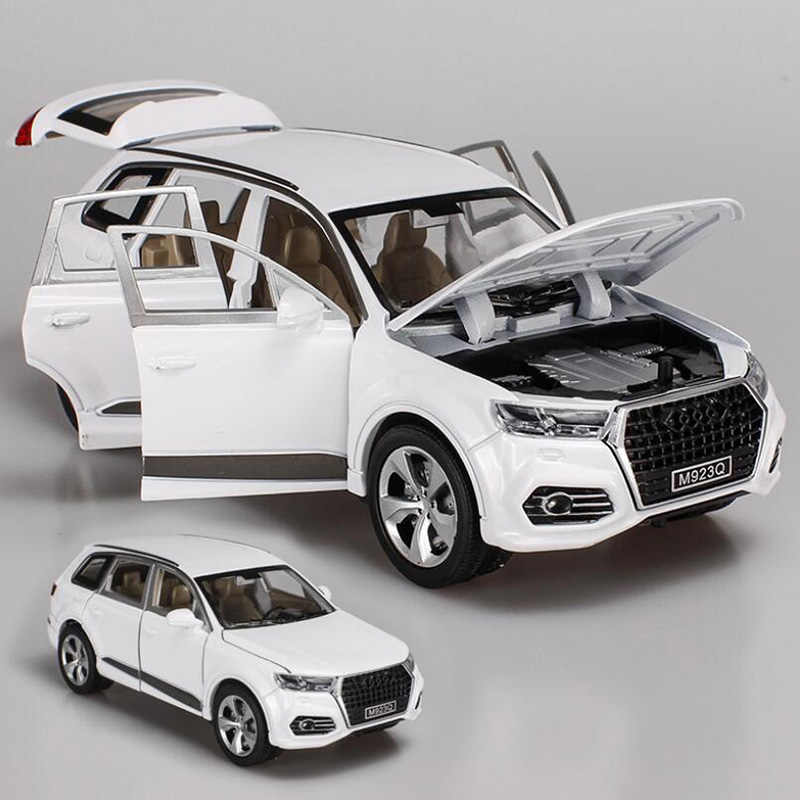 1/24 Scale Simulation Audi Q7 Alloy Die-casting Model Sound And Light Pull Back Toy Car Toys For Children's Birthday Gift