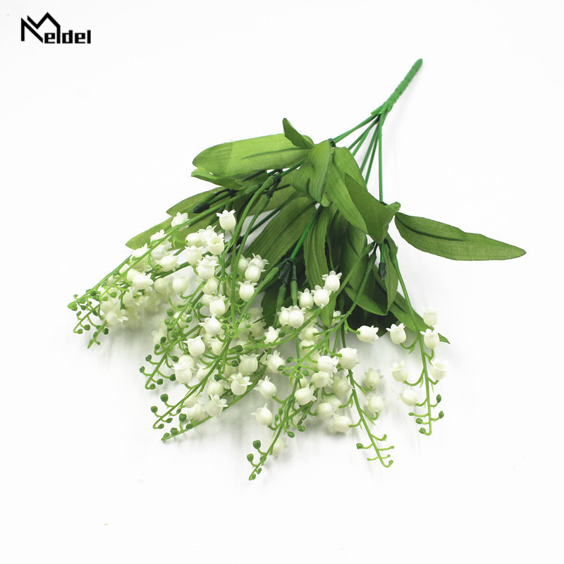 7 Branch White Lily Valley Artificial Flower Plastic Lily Bridal Flower Bouquet Wedding Centerpiece Home Party Decor Fake Flower