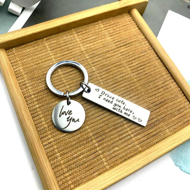 2020 ไดรฟ์ปลอดภัย Keychain I Need You ที่นี่ ME Man Key CHAIN กระเป๋าเด็กแหวนกุญแจสีเงินจี้