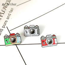 3 styles Camera Enamel Pin Green Gray Red Brooch Backpack Clothes Lapel Fashion Jewelry Gift for Friends