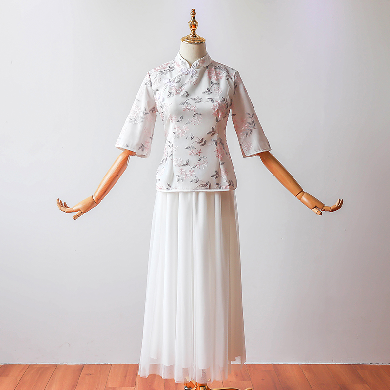 2 Pieces/set Cheongsam Chinese Bridesmaid Dress Plus Size Wedding Party Elegant Embroidery Vintage Party Dress Sister Prom White