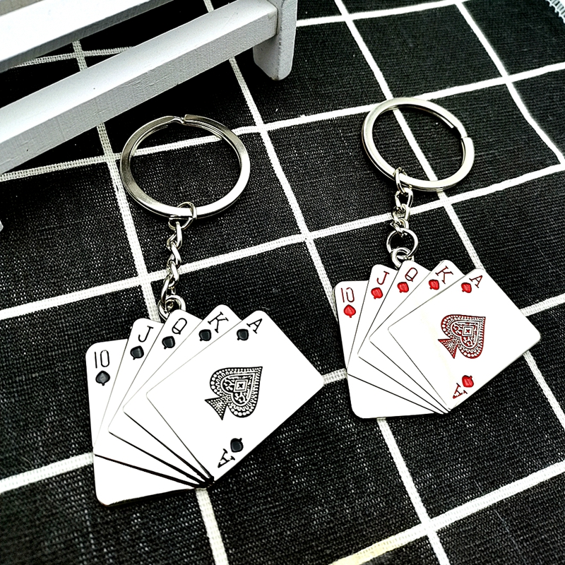 2020 New Creative Playing Card Flush Metal Keychain Magic Good Luck Poker Keychain Small Gift