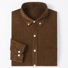 Camisa de algodão de veludo sólido de manga longa masculina único remendo bolso confortável casual workwear botão para baixo camisas