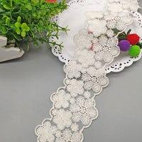 Cinta de encaje de algodón bordado con flores, 5 yardas, 6,8 cm de ancho, adorno de encaje de algodón blanco, accesorios de ropa DIY