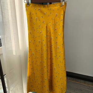 Image 5 - 100% Silk Fashion Chic Women Skirt Silk Fishtail Skirt