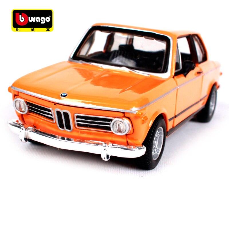 Bburago 1:32 1972 BMW 2002 Tii Vintage Car Diecast Motorcar Transparent Display Box Dust Cover 43202
