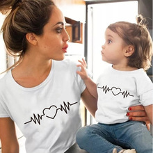 100%Cotton Love Heartbeat family matching clothes Outfits tshirt mom Mother And Daughter short sleeve matching outfits T-Shirt татуировка переводная heartbeat